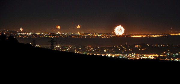 Fireworks San Pablo-Bay photo by Steven-Chun